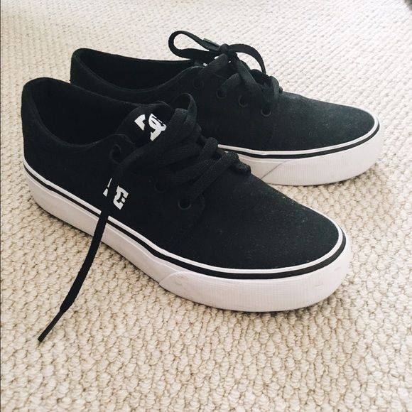 """DC Trase TX Skate Shoe Special features include: 6 oz canvas upper with HD print logo and metal eyelets.                    Textile Imported Rubber sole Vulcanized construction DC's trademarked """"Pill Pattern"""" Tread DC Shoes Shoes Sneakers"""