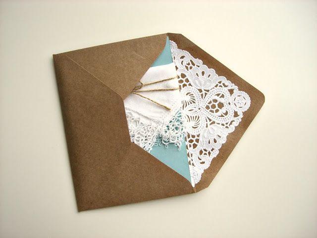 Briefumschlag mit Spitze auskleiden