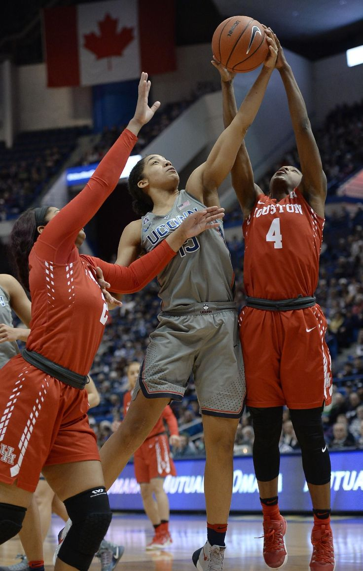 Gabby Williams scored 19 points and grabbed 10 rebounds to lead top-ranked UConn to its 95th straight win, a 91-42 rout of Houston on Saturday.  Katie Lou Samuelson and Kia Nurse each scored 16 and Napheesa Collier added 12 points and 10 boards for the Huskies, who are 20-0 for the 10th time in the program