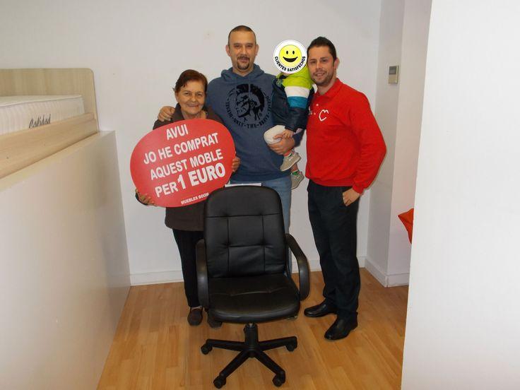 El pasado viernes miriam j y mauro p se compraron - Muebles a 1 euro ...