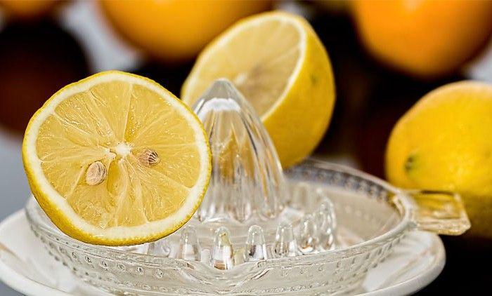 Rahasia Alami Memutihkan Wajah Dengan Lemon