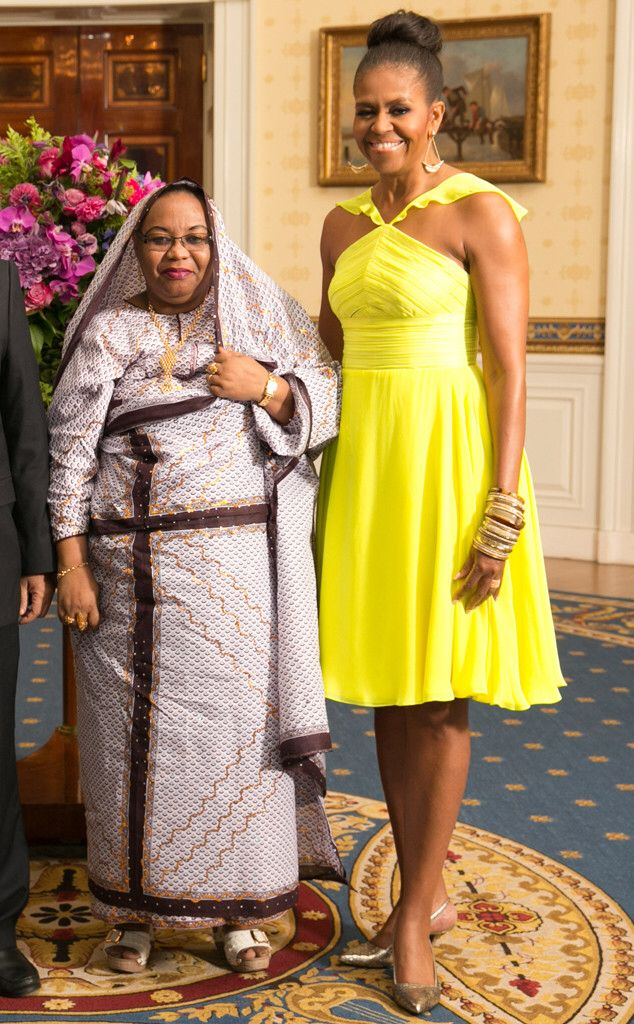 Image from http://www.eonline.com/eol_images/Entire_Site/201476/rs_634x1024-140806094313-634-michelle-obama-yellow.ls.8614.jpg.