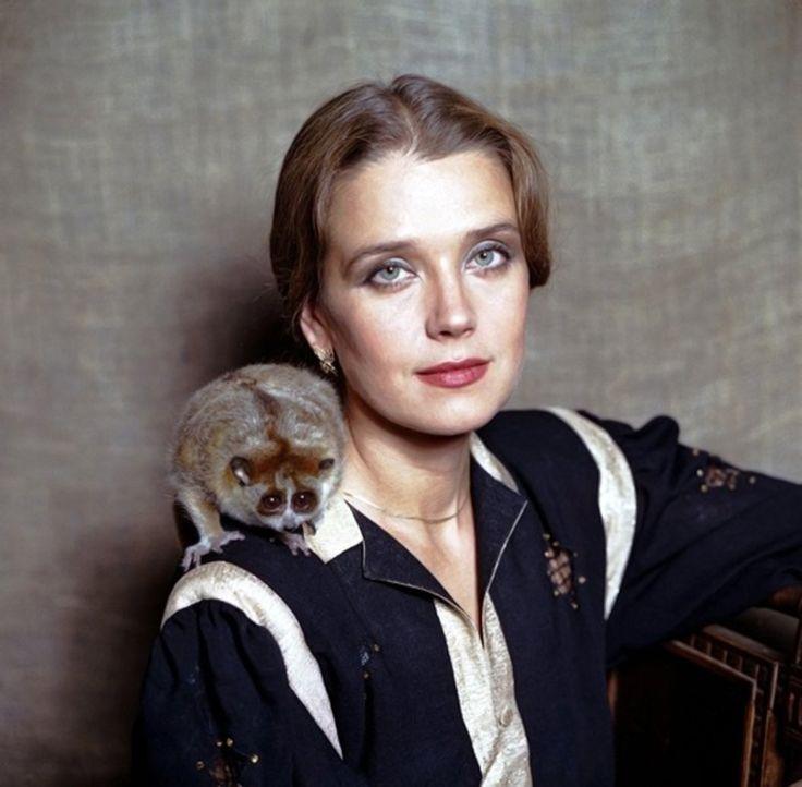 Интерактивный рейтинг: 30 самых красивых женщин СССР | Русская семерка