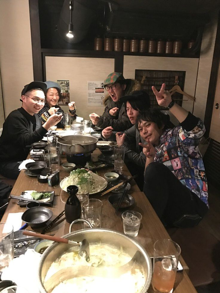 """ピエール中野 凛として時雨さんのツイート: """"昨夜はアレキサンドロス白井くん、かわいしのぶさん、台湾で活躍する日本人プロドラマー戸田さん、同じく台湾の敏腕プロデューサーLilPanくん、写ってないけど台湾の制作チーム、時雨初台湾で通訳してくれたsaiと新年会でした! https://t.co/QCi6N4VlZN"""""""