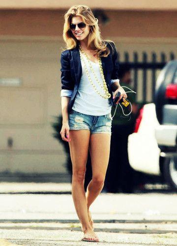 Easy breezyAnnalynnemccord, Fashion, Casual Summer, Summer Outfit, Style, Annalynne Mccord, Blazers, Jeans Shorts, Denim Shorts