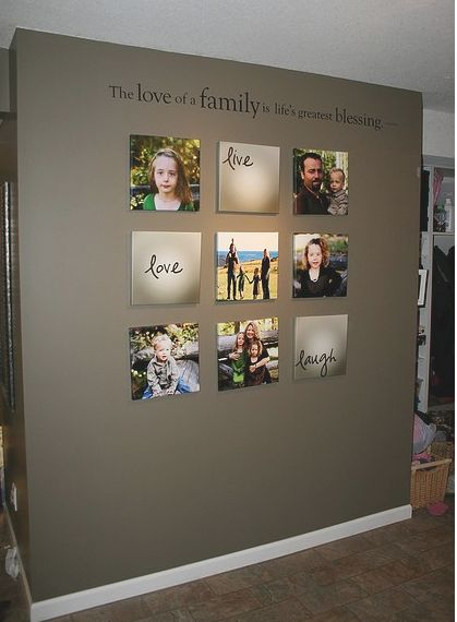 Simple and awesome: Wall Colors, Families Wall, Living Rooms, Families Pictures, Photos Wall, Families Photos, Pictures Wall, Accent Wall, Wall Ideas