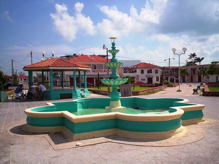 belize corozal | Corozal has magnificent views of the Chetamul Bay and Caribbean Sea ...