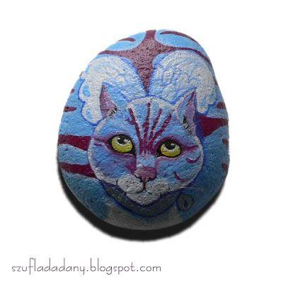 Moja Szuflada: Skrzydlaty kot i sutaszowe kolczyki