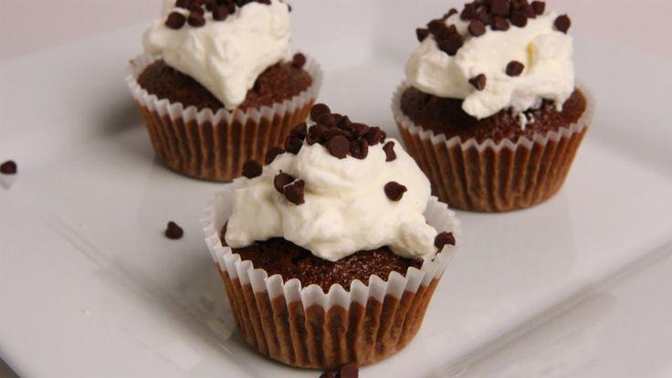 Tiramisu Cupcakes Recipe - Laura Vitale - Laura in the Kitchen Episode 342
