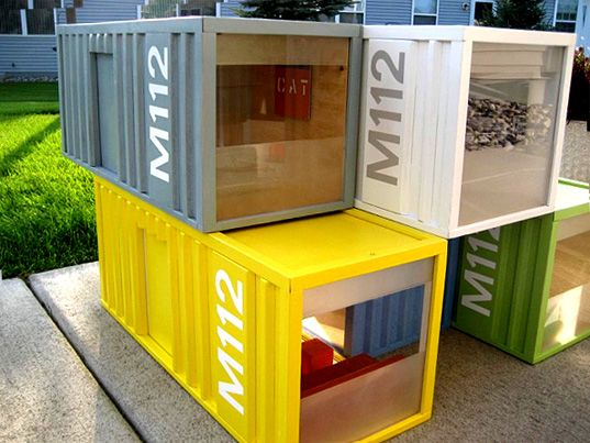 These new M112 Pod Miniatures by Paris Renfroe Design are diminutive counterparts to the life-sized shipping container homes which are rising in popularity ...