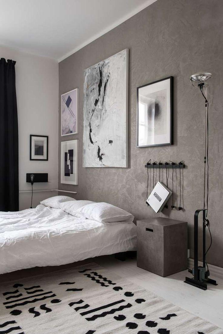Монохромная квартира в Хельсинки, Финляндия была спроектирована дизайнером Laura Seppanen  для поп-музыкального композитора-продюсера Hank Solo