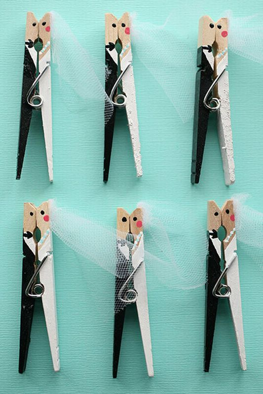 30 wedding favours ideas for your special day hand ppainted bride and groom kissing clothespins