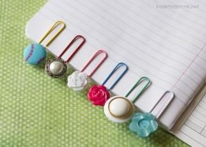 How to make DIY simple and cute button bookmarks step by step tutorial instructions 512x365 How to make DIY simple and cute button bookmarks step by step tutorial instructions by Mary Smith fSesz