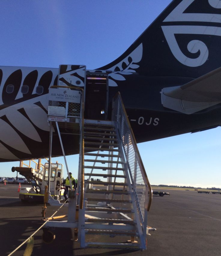Air NZ from the runway