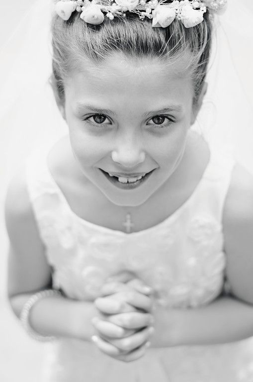 First Communion Portraits #firstholycommunion; #firstcommunionpose