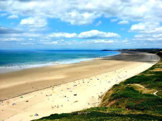 Best Beaches of 2014 according to Trip Advisor: #9 - Rhossili Bay, Swansea, United Kingdom