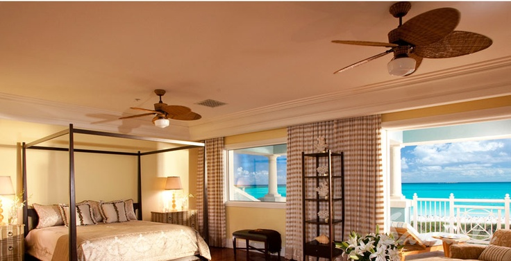 Beachfront Suite with plush Bedding | Sandals Resorts | The Bahamas