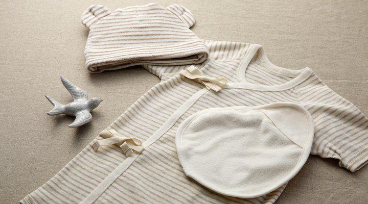 Wyprawka dla noworodka, czego nie może zabraknąć? List zakupowych jest mnóstwo, każda inna, ale na co należy zwrócić uwagę dokonując wyborów?