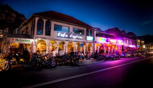 The Camps Bay strip bursting with cool restaurants and bars #food #vibe #campsbay