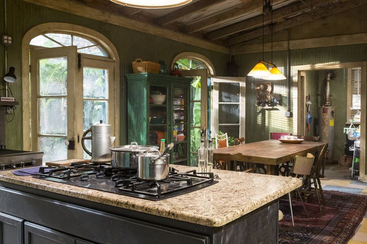 a visit to the 'ncis: new orleans' squad room, kitchen and