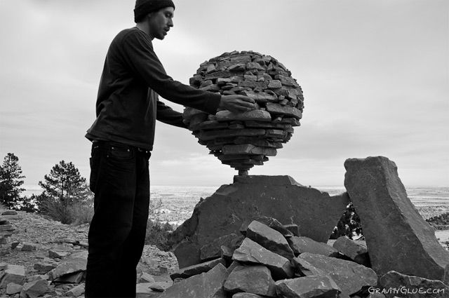 Nothing but gravity and patience. The balanced rock sculptures of Michael Grab. See many more works on Colossal.