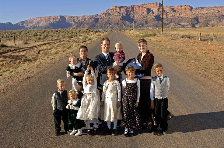 Hammon Family in Colorado City, Arizona by Donna Svennevik