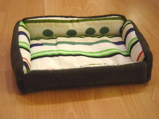Spikes kleine Welt - Katzenbett nähen / Sew a cat bed