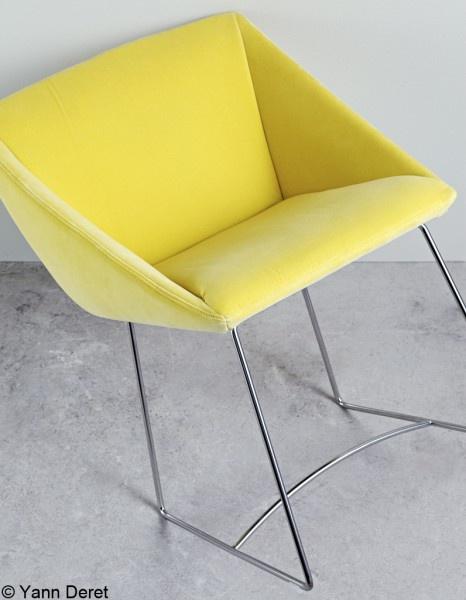 les 25 meilleures id es de la cat gorie fauteuil papillon sur pinterest console grise blue. Black Bedroom Furniture Sets. Home Design Ideas