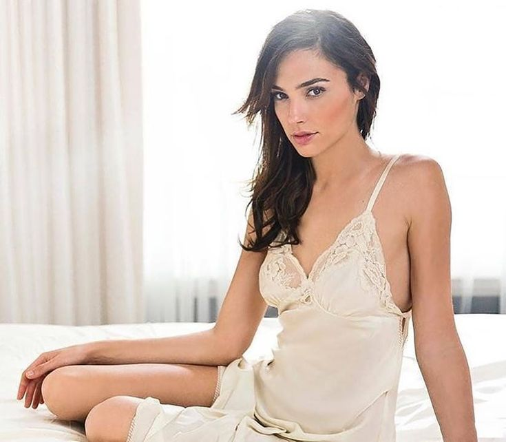 Hello  #galgadot #actress #sexy #hot #beautiful #woman #cute #pretty #hottest #love #amazing #curve #model #beauty #perfect #body #photo #pic #celeb #celebrity #bae #instagood #outfit #nightie #night #cleavage #legs #bed #glamour