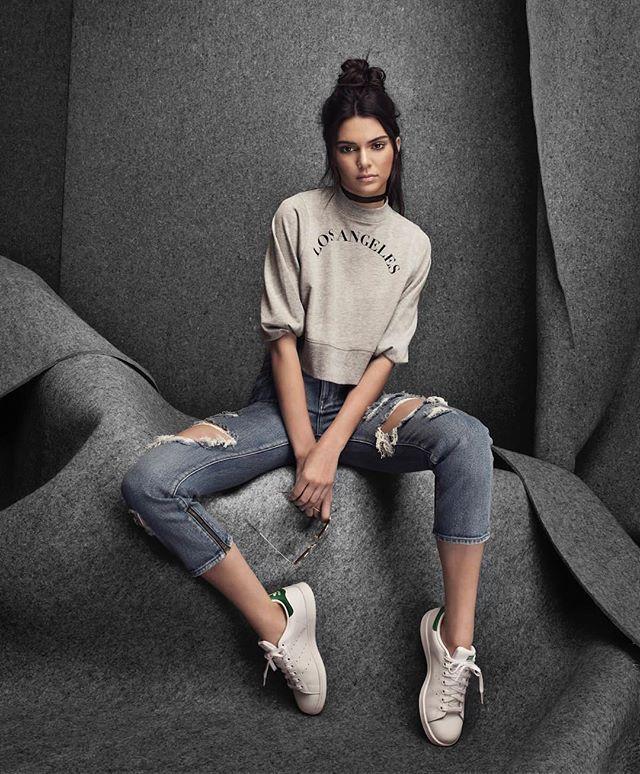 La nueva colección de @kendalljenner y @kyliejenner para @pacsun estará a la venta el próximo 24 de julio! La colección 'Golden Child' refleja el estilo de las hermanas. #buro247mx #moda #kendalljenner