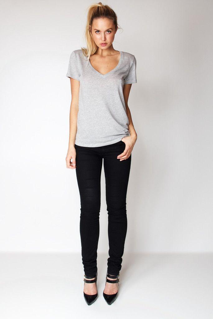 T-Shirt V Neck / Heather Grey