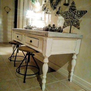 #rustic #maison #countrystyle #country #rustiikki #uusvanha #cottage #interior #furniture #sisustus #maalais #salvage #woodworking #puutyö #artisan #puuseppä #reclaimed #drawer #lipasto #mittatilauskalusteet #bespoke #puuseppähaukipudas #puuseppäoulu #puusepänliike #lantliv #lantlig  #finewoodworking #customwoodworking