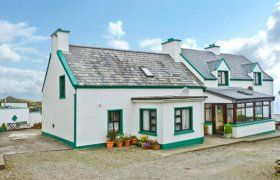 Nana's House Pet-Friendly Cottage in Allihies - Selfcatering.travel