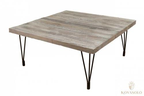 Tøft og rustikt Old Amsterdam sofabord produsert av resirkulert eik med et stilig og minimalistisk understell i jern.Mål:Lengde 90 cmBredde 90 cmHøyde 40 cmMateriale:Understell i jernEikVedlikehold:Vi anbefaler bruk avAntikvax.Reduserer sprekker, smuss, forenkler renhold og tilfører mer fuktighet til trevirket, påføres umiddelbart.Varenummer:671035Varen er produsert i eik som er et levende materiale. Treverket vil bli påvirket av ytre påkjenninger som varme og luftfuktig...