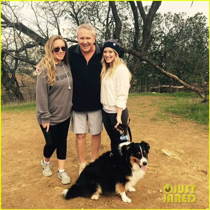 Hilary Duff Takes Family Hike with Dad & Pregnant Sis Haylie   hilary duff hike dad pregnant sister haylie 03 - Photo