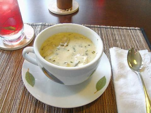 Emeril's Oyster Artichoke Soup ---  AWESOME!!!!! 100% Louisiana Cookin!