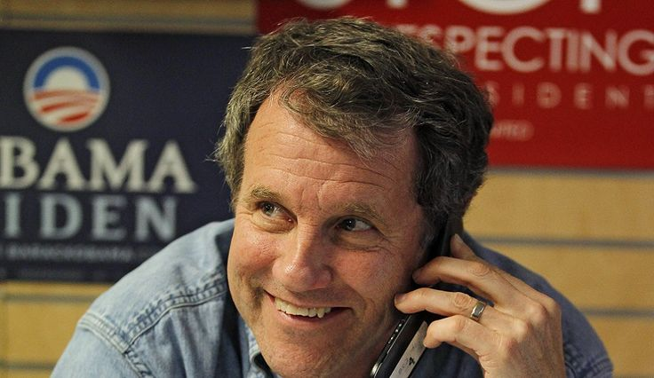 Sherrod Brown Says White Men Responsible For Terror Attacks In America, Don't Fear The Syrian Refugees