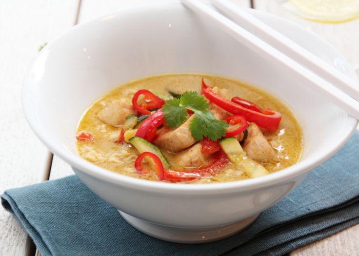 Currysuppe med kylling, paprika og squash