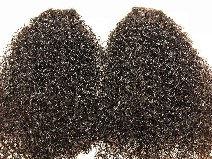 Our #Signature #tight #curly #hair in full effect. This curl is tight and bouncy, it is one of our favorites. If you love a #tightcurly then this is the one for you ➰➰💋