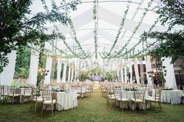 A Dreamy Wedding In Tagaytay With Lavender And Dust Blue Colors Greenery Wedding Theme Tagaytay Wedding Dreamy Wedding