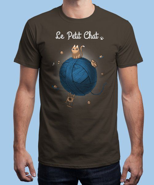 """Le Petit Chat"" is today's £8/€10/$12 tee for 24 hours only on www.Qwertee.com Pin this for a chance to win a FREE TEE this weekend. Follow us on pinterest.com/qwertee for a second! Thanks:)"