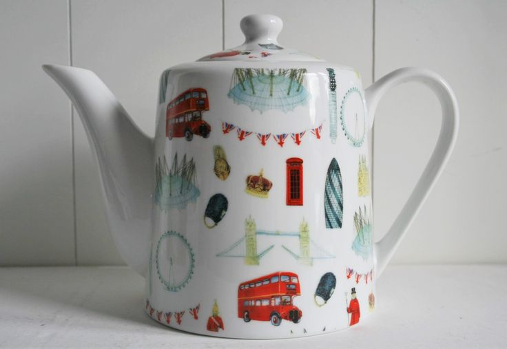 London Teapot - all places of interest of London on your teapot! www.oseasoudservies.nl