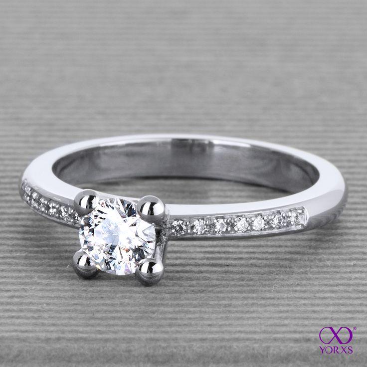 Who has the most beautiful diamond ring? #ring #diamantring #brillant #weißgold #pavee #yorxs