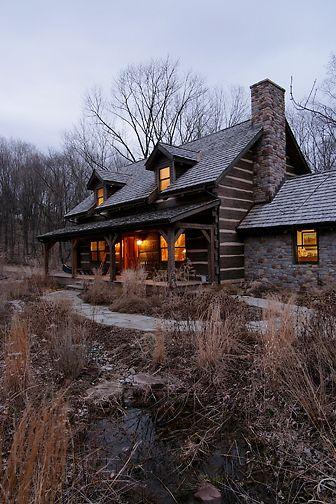 Love this log home!!