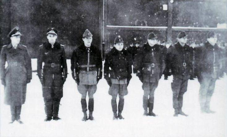 WWII Hungarian aces, LR: Lt. Lajos Tóth (28 Victories), Lt Jozsef Malik (11 vitories), Bela Fuleki (5 victories), Halasi, W/O Istvan Fabian (17 victories).