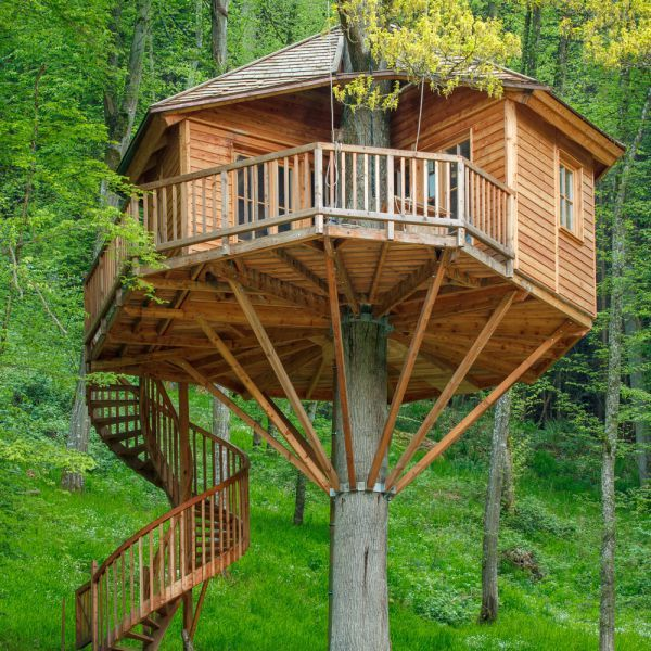 Treehouse at 'Baumhaus hotel' in Germany.