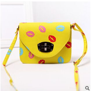 2015 New Candy Colors Women Bag  Lip Kiss Brand Designer PU Leanther Women Messenger Bag Fashion Casual Girls Evening Party Bags