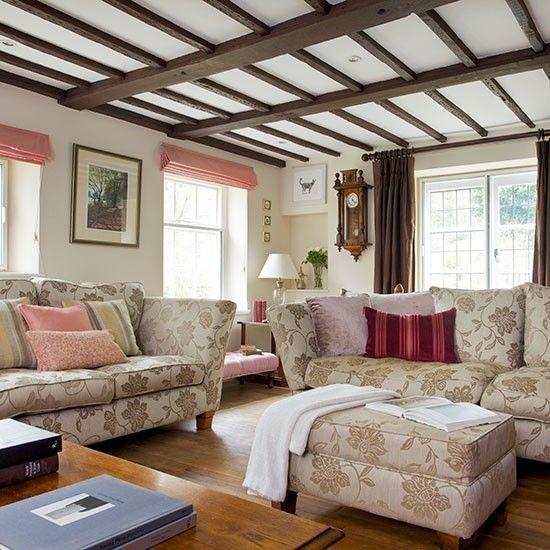 die besten 25 irish cottage dekor ideen auf pinterest gr ne t ren gr ne haust ren und h tte. Black Bedroom Furniture Sets. Home Design Ideas