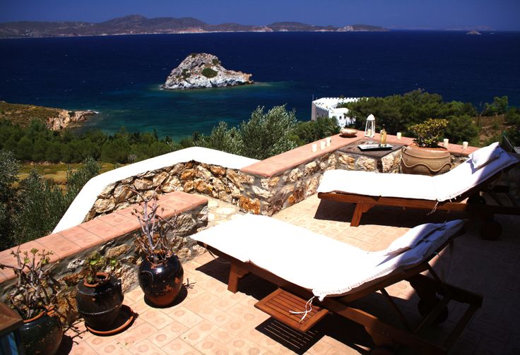 Alcyone - Relax at the two large verandas with a wonderful view of the Aegean.