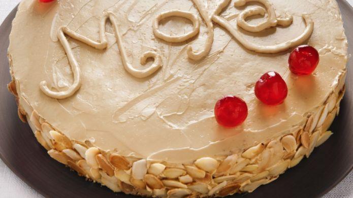 La ricetta dolce per fare la torta moka, un dessert al caffè facile e veloce da fare